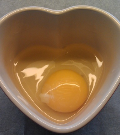 Hjerteegg i skål